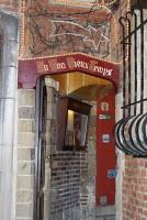 BrusselsHole-in-the-wall_pub