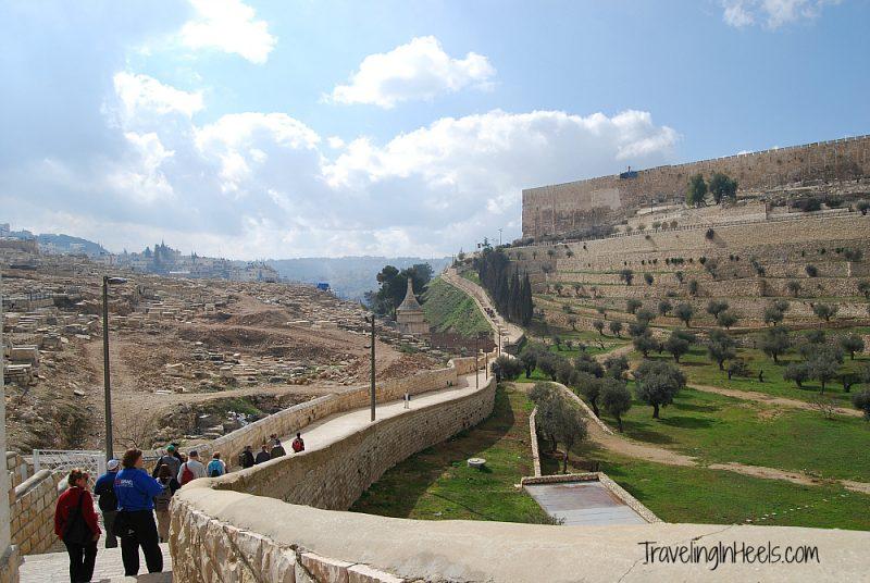 Walking to Old Jerusalem from Mount of Olives - TravelingInHeels.com