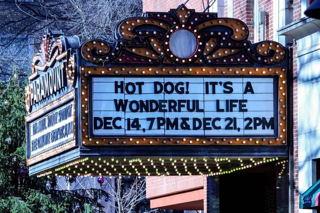 It's a Wonderful Life is a Christmas movie classic.