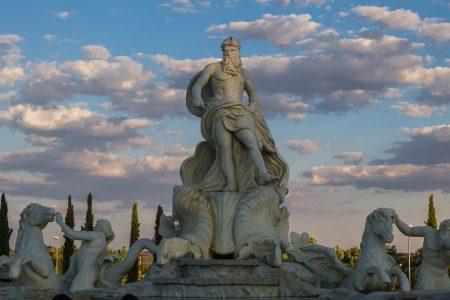 visit-italy-rome-trevi-fountain