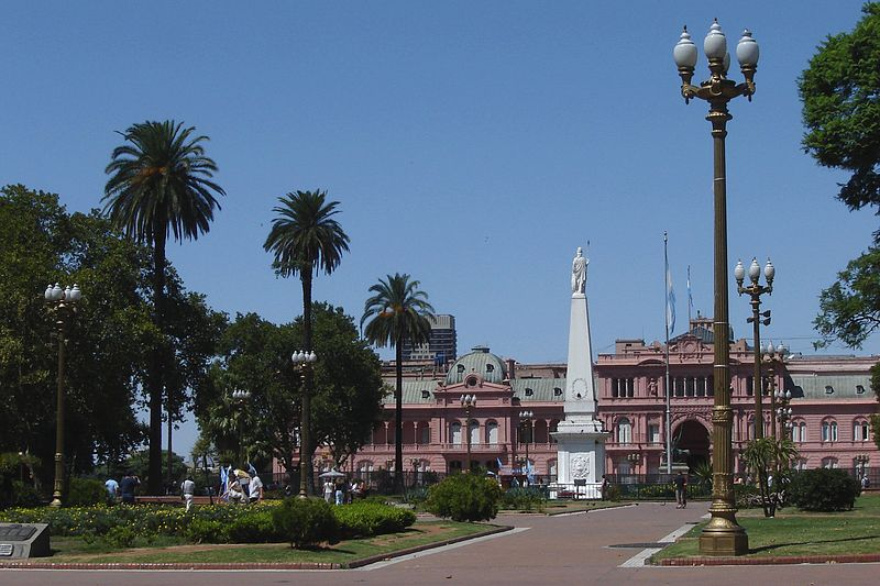 Visit the Plaza de Mayo, 1 of 10 things to do in Buenos Aires, Argentina. Photo Credit: wikimedia-euricozimbres