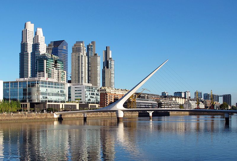 Puerto Madero, a peaceful and trendy district in Buenos Aires. Photo Credit: andrzejotrebski