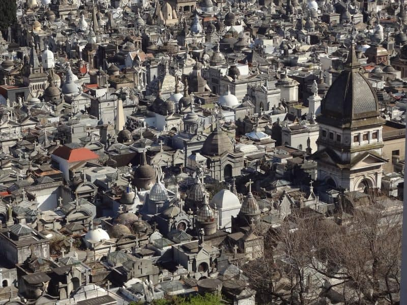 10 things to do in Buenos Aires, Argentina, include visiting the Recoleta Cemetery, one of the greatest cemeteries in the world.