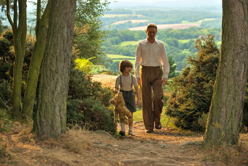 Will Tilston and Domhnall Gleeson in the film GOODBYE CHRISTOPHER ROBIN. Photo by David Appleby.© 2017 Twentieth Century Fox Film Corporation All Rights Reserved