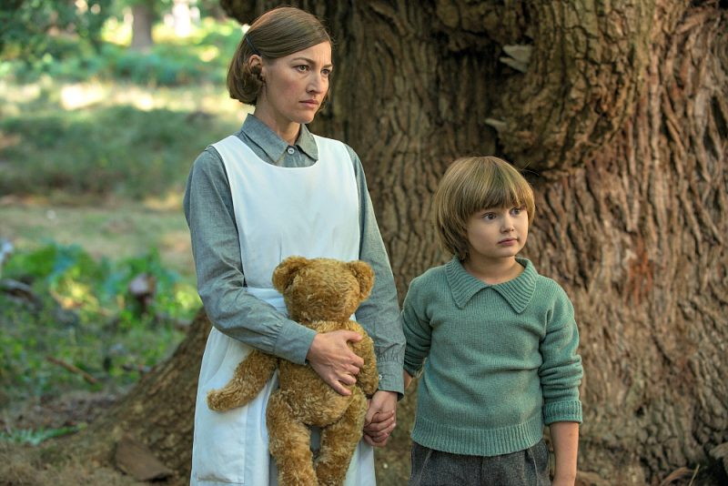 Kelly MacDonald and Will Tilston in the film GOODBYE CHRISTOPHER ROBIN. Photo by David Appleby.© 2017 Twentieth Century Fox Film Corporation All Rights Reserved