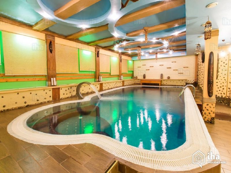 """Can't ski? Go ahead and give your family a snowy Christmas holiday and include a <a href=""""https://s.iha.com/5470400006035/Gite-self-catering-Chernivtsi-Luxury-cottage_6.jpeg"""" target=""""_blank"""" rel=""""noopener"""">visit to the spa</a>!"""