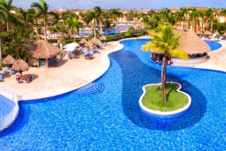 Black Friday Cyber Monday Travel deals at Grand Bahia Principe Resorts & Hotels