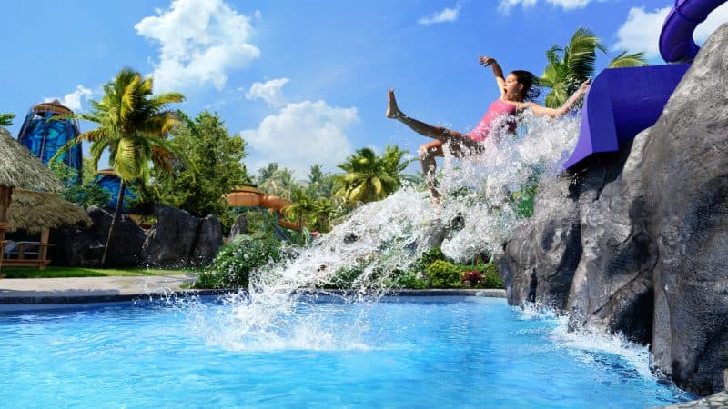 Splash into savings with these Black Friday Cyber Monday Deals to Orlando attractions.