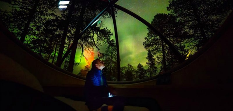 Sleep in an Aurora Bubble, giving you the chance to see the Northern Lights dance across the night sky, right above your bed.