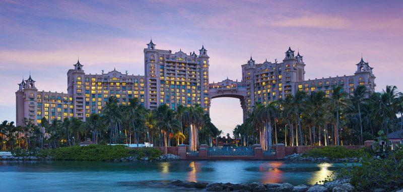 2 Post-Christmas travel deals to Atlantis, starts December 26 through January 15, 2018. Photo credit: Atlantis, Paradise Island Resort