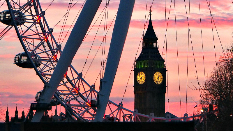 In addition to attractions such as the London Eye and Big Ben, London offers several spring events.