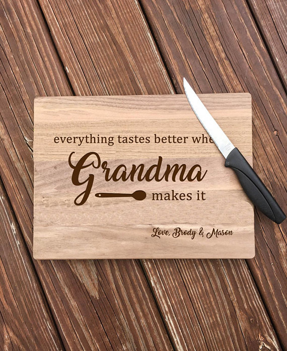 Personalized gift for Grandma from Etsy.