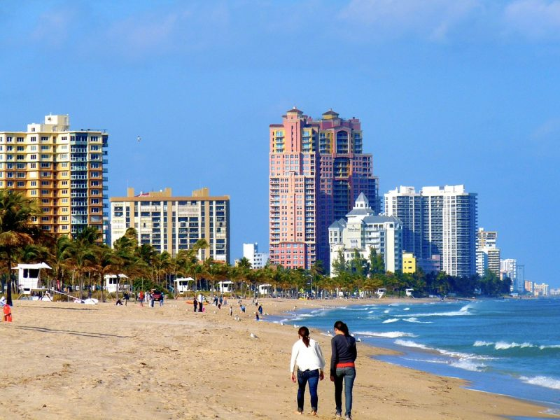 From hotels to resorts, villas to AirBnB, Fort Lauderdale, Florida, offers many types of accomodations