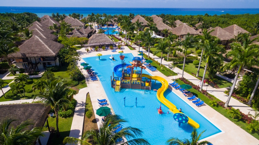 Check into this all-inclusive Allegro Cozumel resort for your next family vacation.
