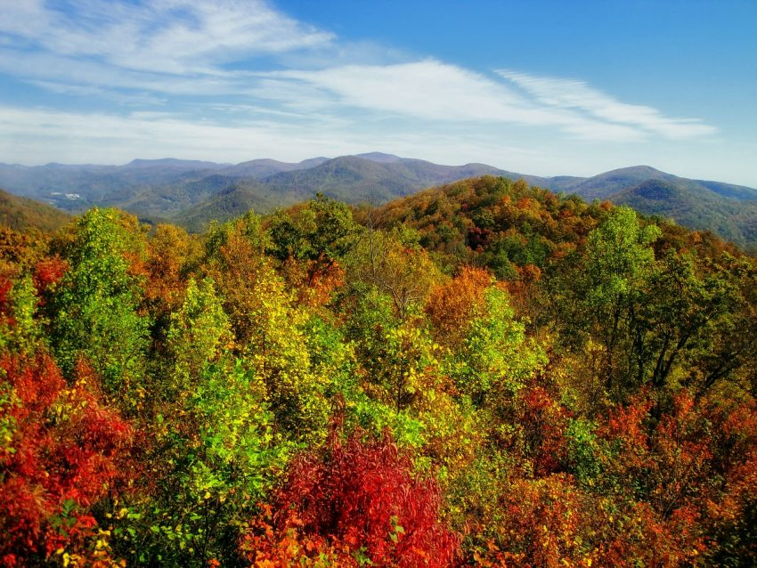 You can see and smell fall in the air when booking a cabin rental in the mountains of Georgia.