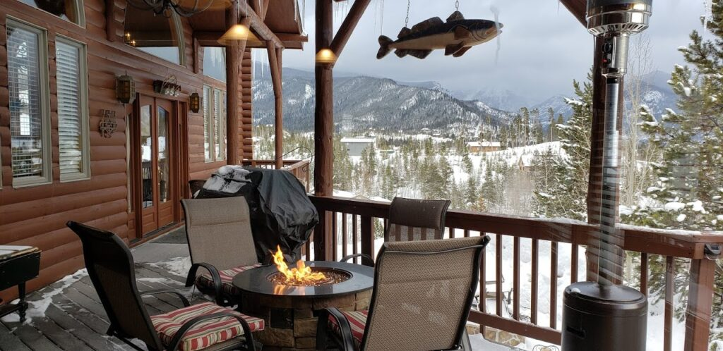 Yes, it is all about the view at The Overlook Grand Lake, one of the amazing cabin rentals available in the Rocky Mountains of Colorado.