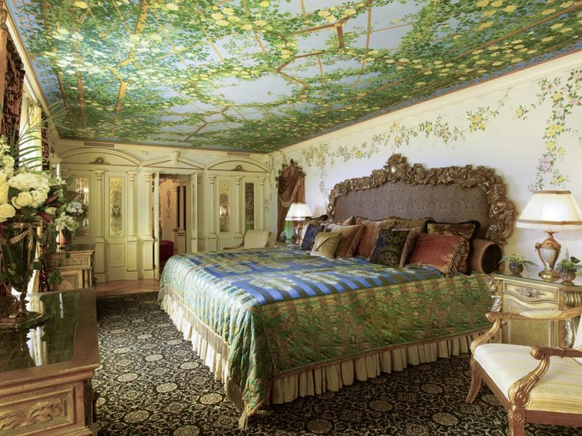 Also known as the former Versace Mansion. your unique hotel stay in this luxurious room at the Villa Casa Casuarina in Miami Beach