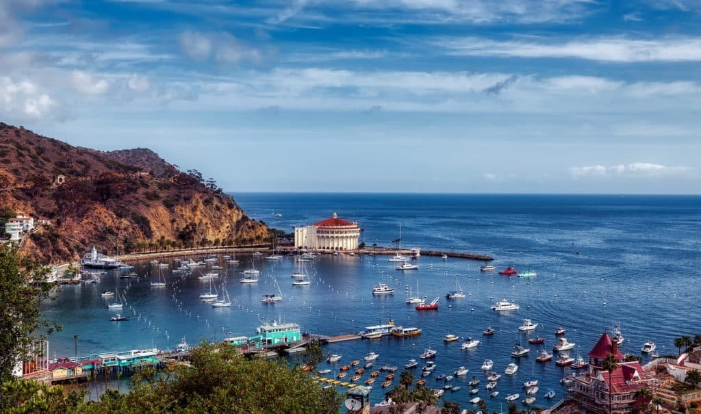 CatalinaIsland'sclear blue waters and Mediterranean climate and ambiance are a Shangri-La.