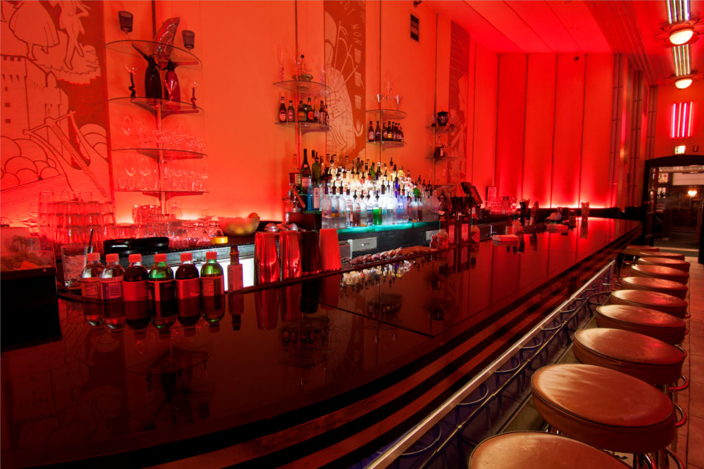 Sip on a martini at the Cruise Room, Historic, an upscale Art Deco martini bar in the Oxford Hotel modeled after a lounge on the Queen Mary. Photo: VISIT Denver / Park Meadows Photography