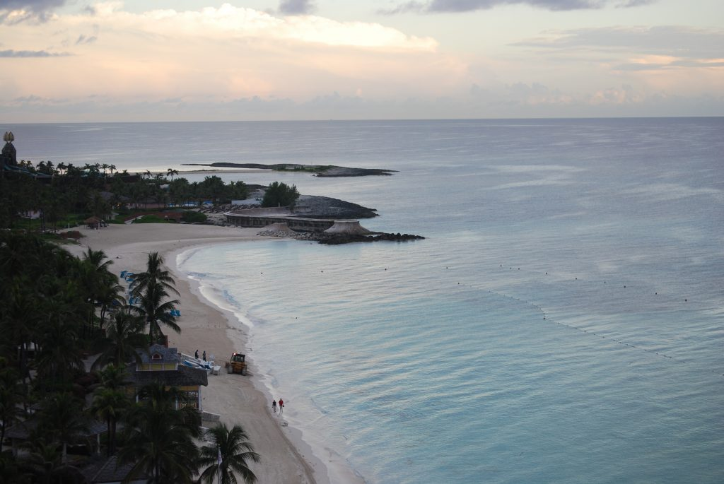 Sunset in the Bahamas, the perfect beach vacation
