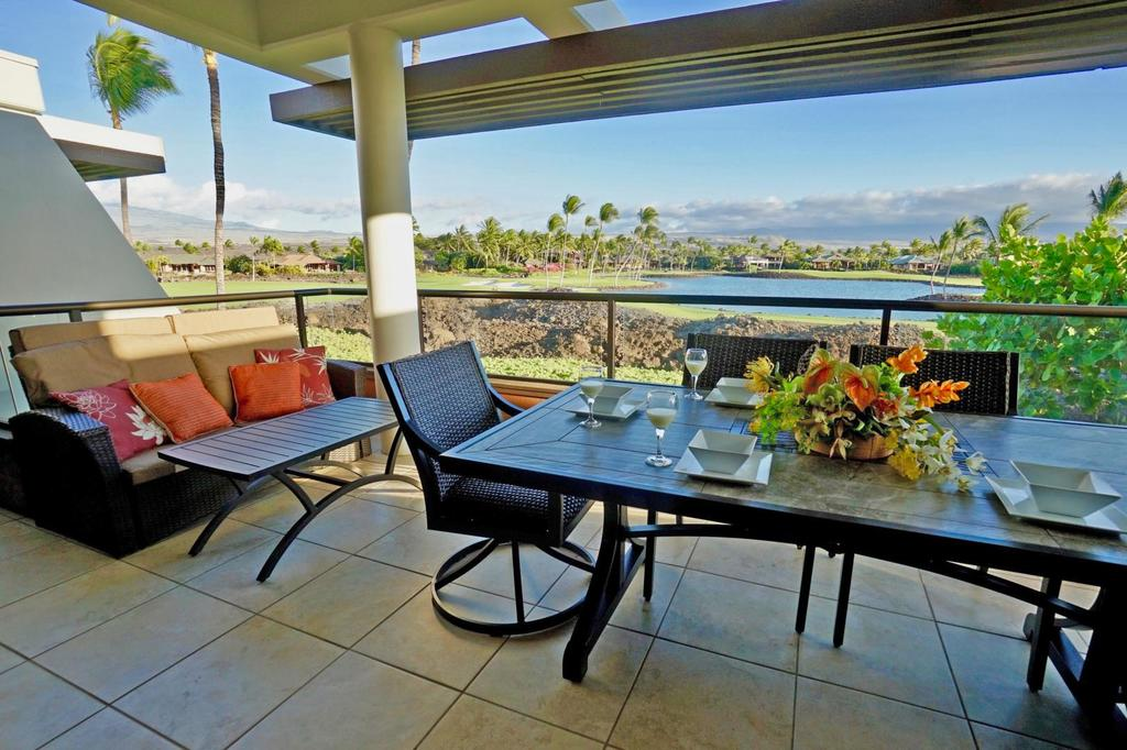 Offering free WiFi and free private parking, Mauna Lani Point H204 is located in Waikoloa, just a 7-minute walk from 49 Black Sand Beach.