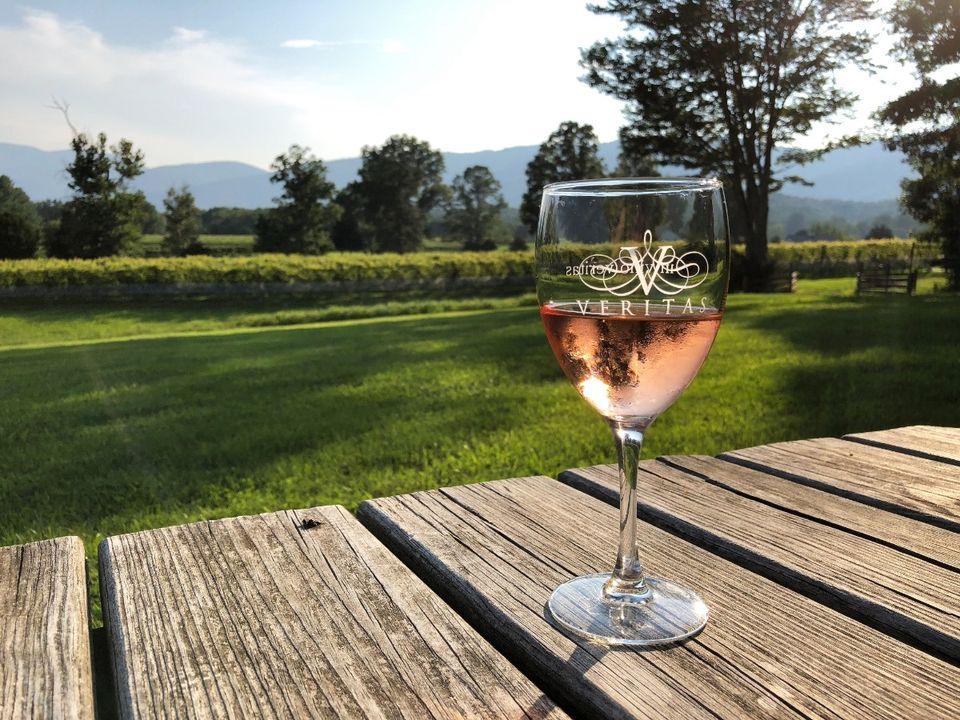 Virginia is for wine lovers!