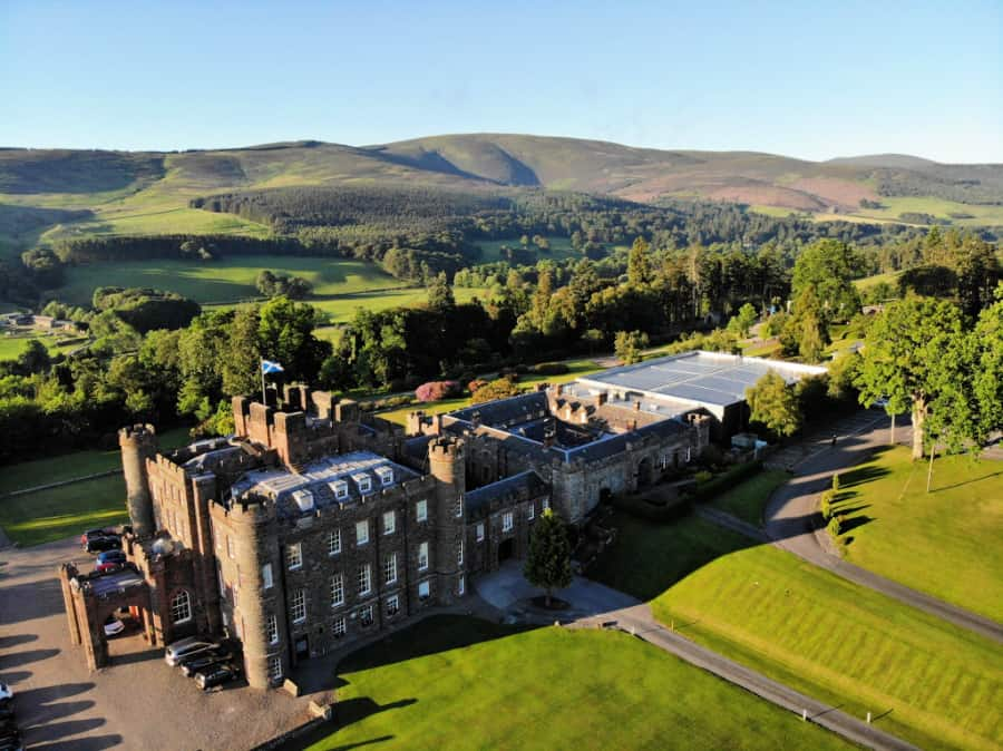 Nestled among the beautiful Scottish Borders countryside, Stobo Castle Health Spa offers excellent service, fine food, elegantly trained staff and above all, the ability to find peace in a frenetic world.
