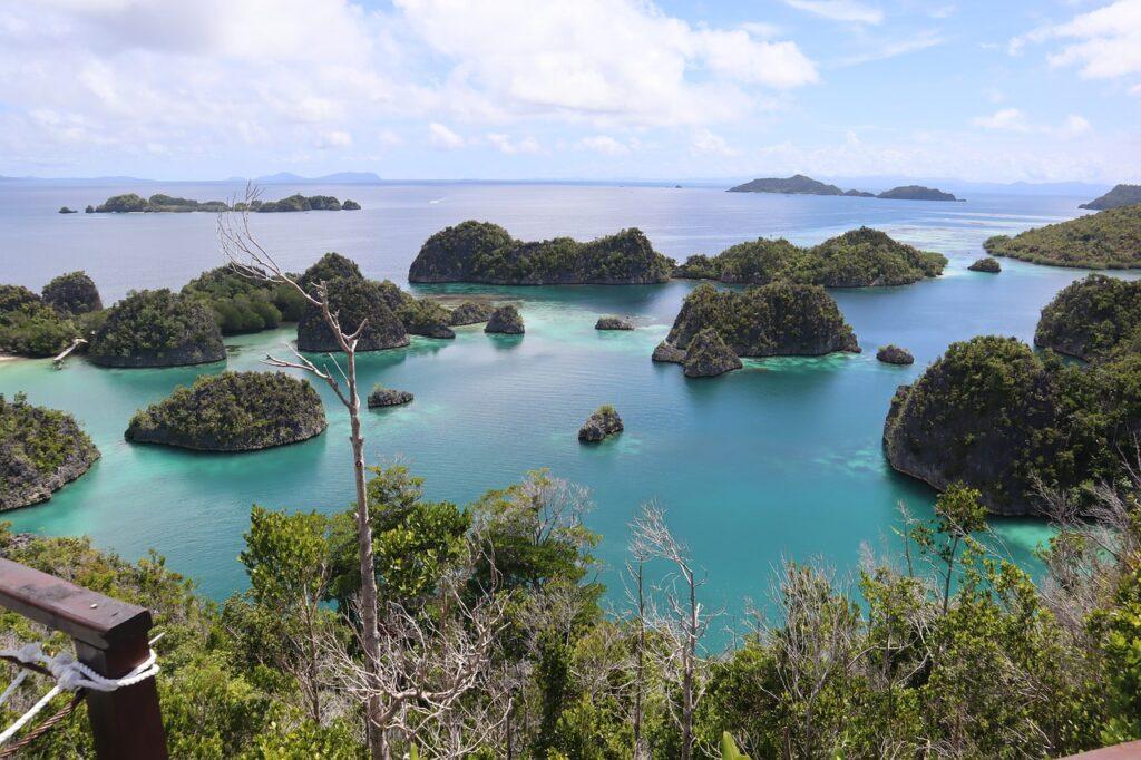 Raja Ampat, 600 islands, one of so many beautiful islands of Indonesia.