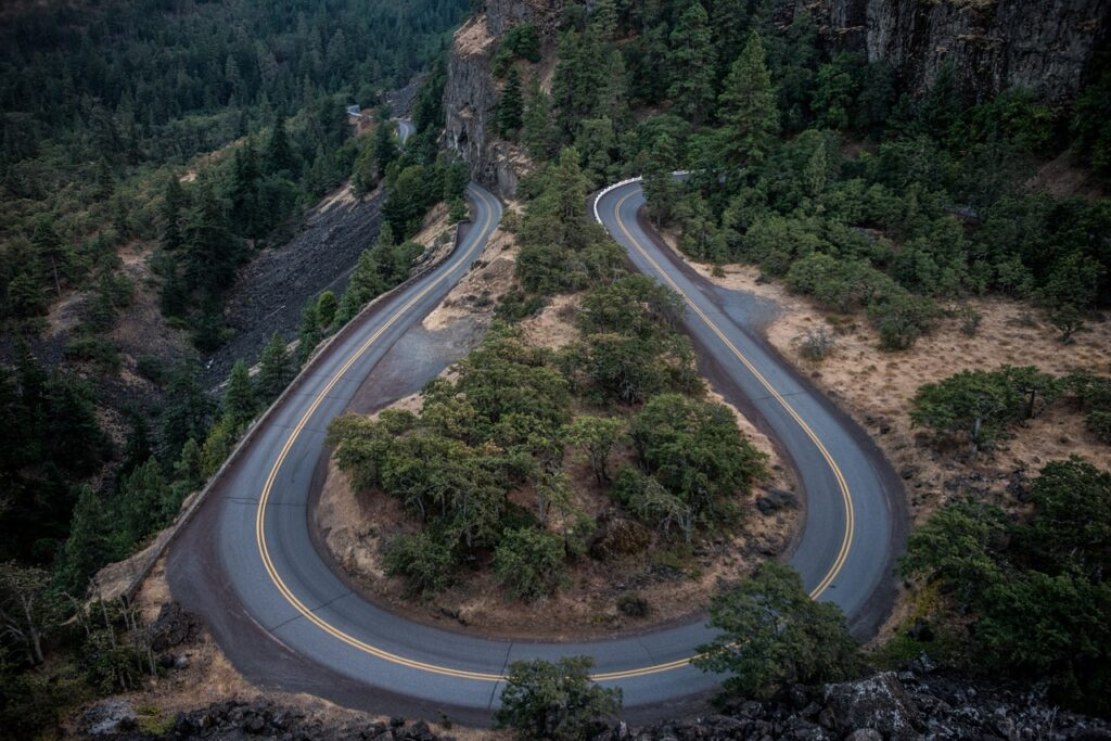 Explore and experience new places with these great American road trip tips.