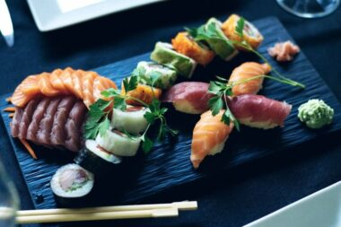 From sushi to soba, these are the 5 must-try traditional Japanese foods.