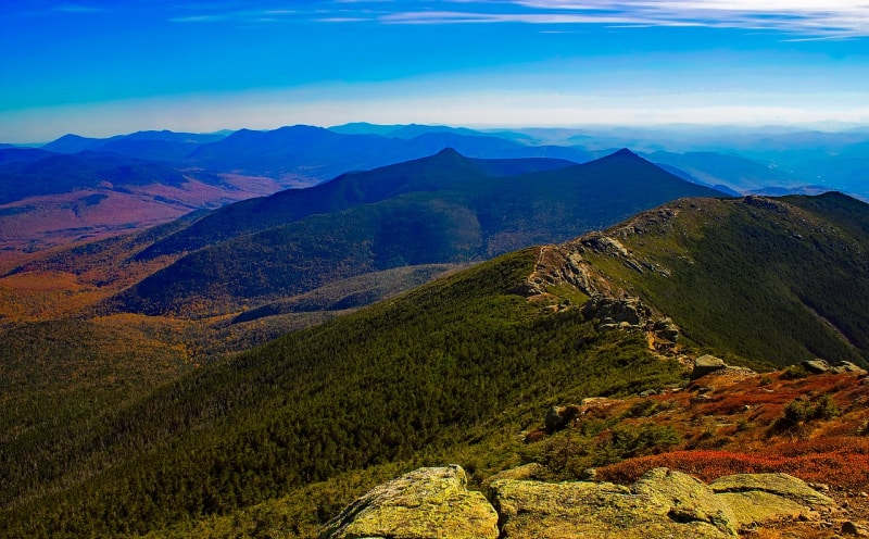 The White Mountains are a mountain range covering about a quarter of the state of New Hampshire