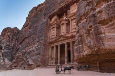 10 travel bucket list destinations not to miss include Petra, Jordan.
